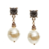 Pearl Drop Butterfly Earrings at ValleyDez AED 380