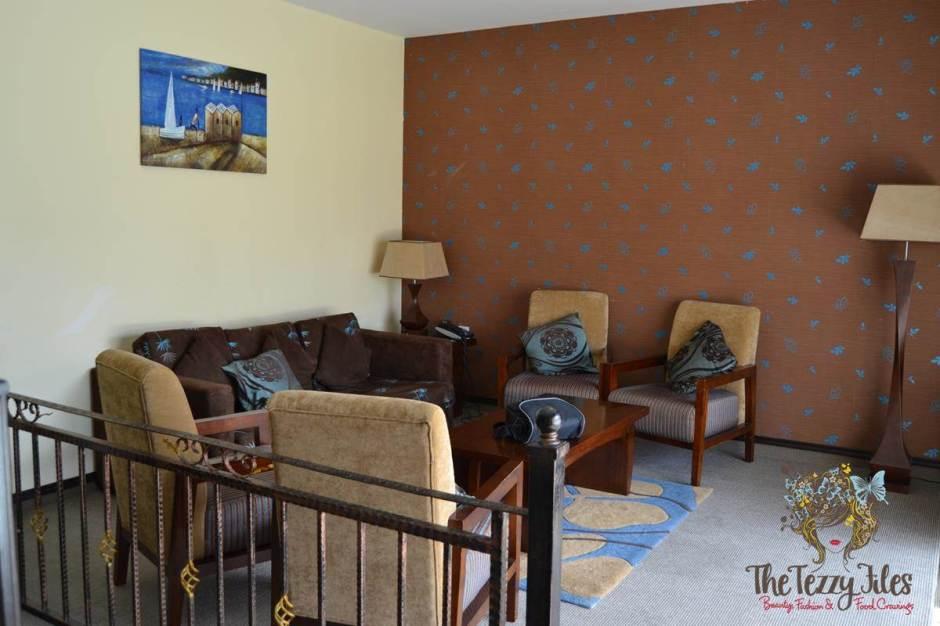 emirates park resort living room