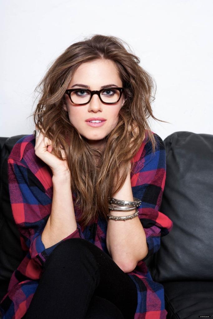 mesy hair glasses