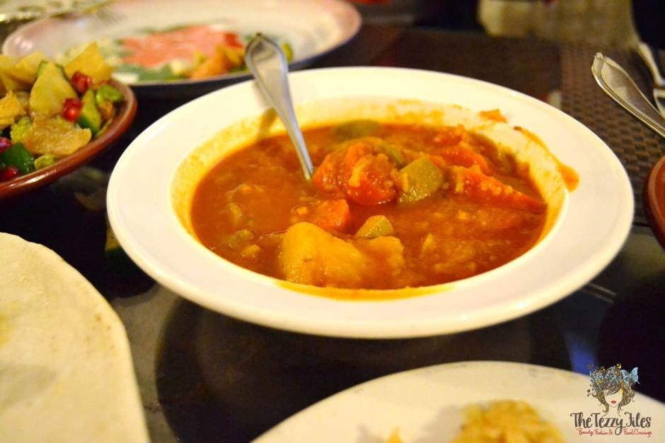 barjeel al arab tomato vegetable curry review