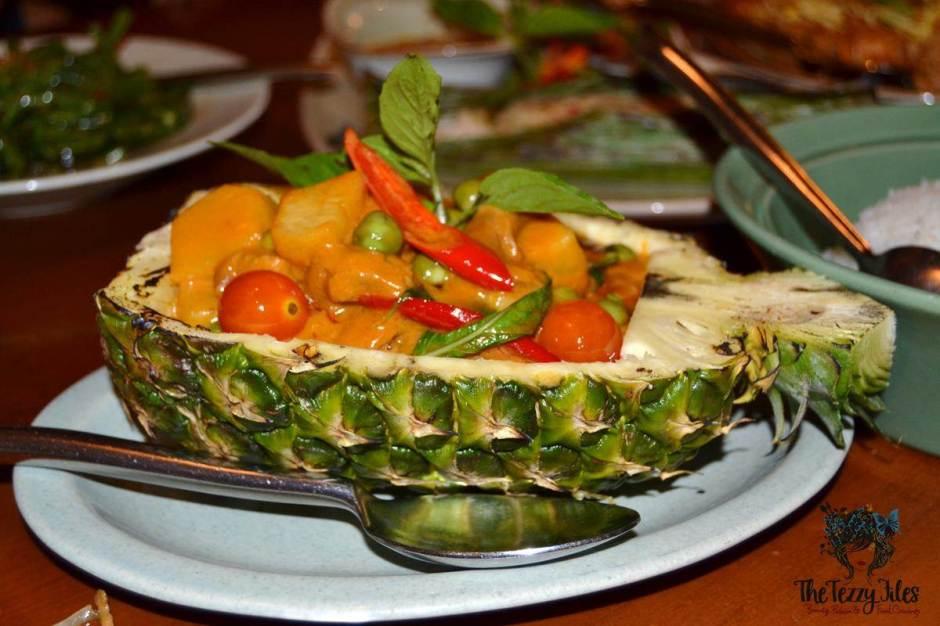 mango tree thai restaurant dubai review gaeng pet ped yang thai duck curry