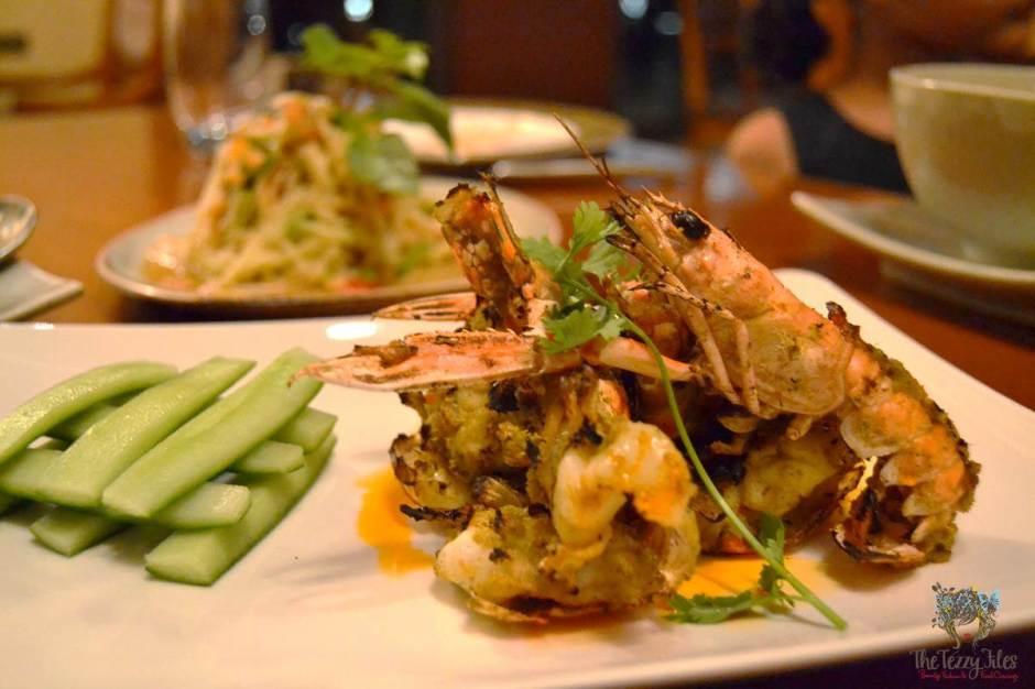 mango tree thai restaurant dubai review koong phad naam phrik takrai