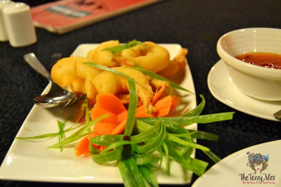 sizzling wok citimax review golden fried prawns