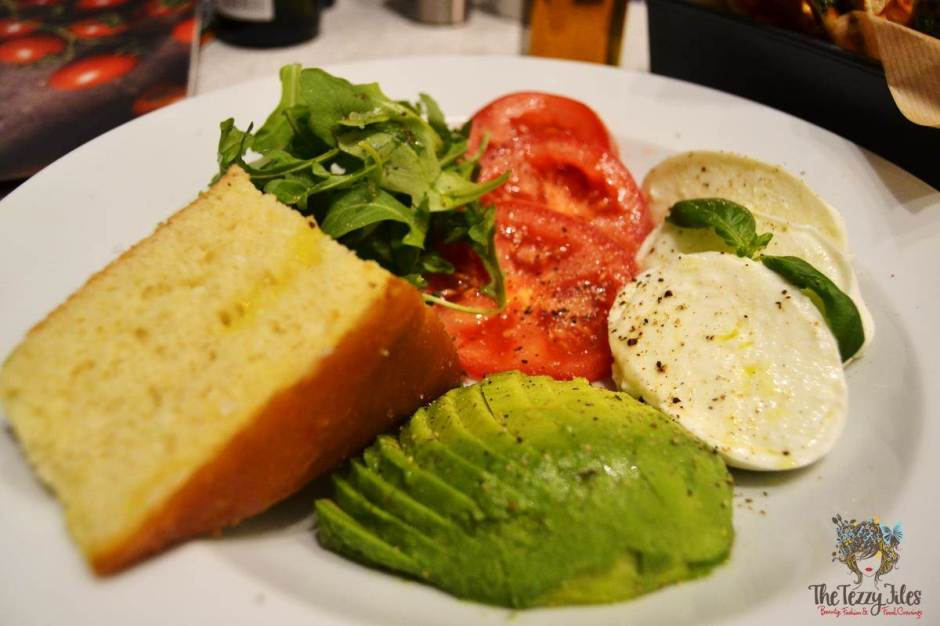 carluccios the walk dubai trecolor appetiser