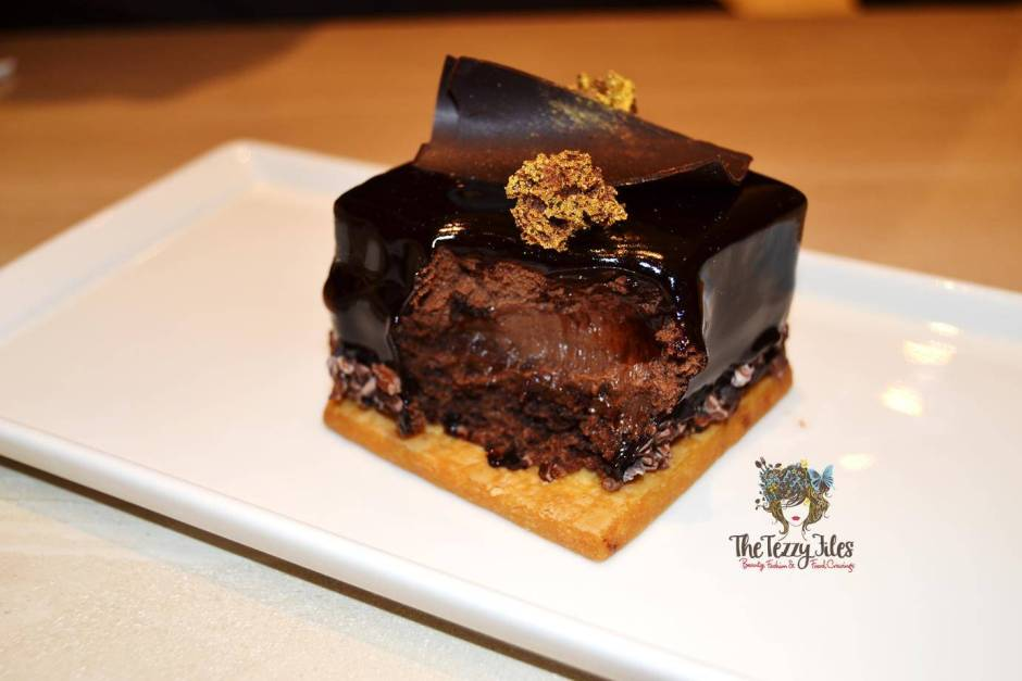 cafe bateel the walk jbr review dinner pastries gourmet dates dubai uae (2)