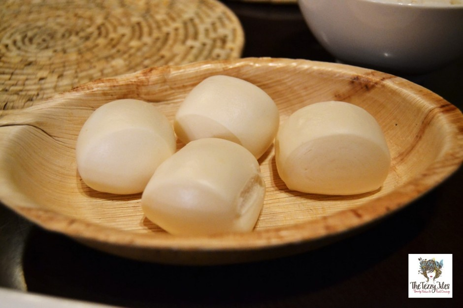 mantou buns singaporean asian cuisine dubai barsha chimes review
