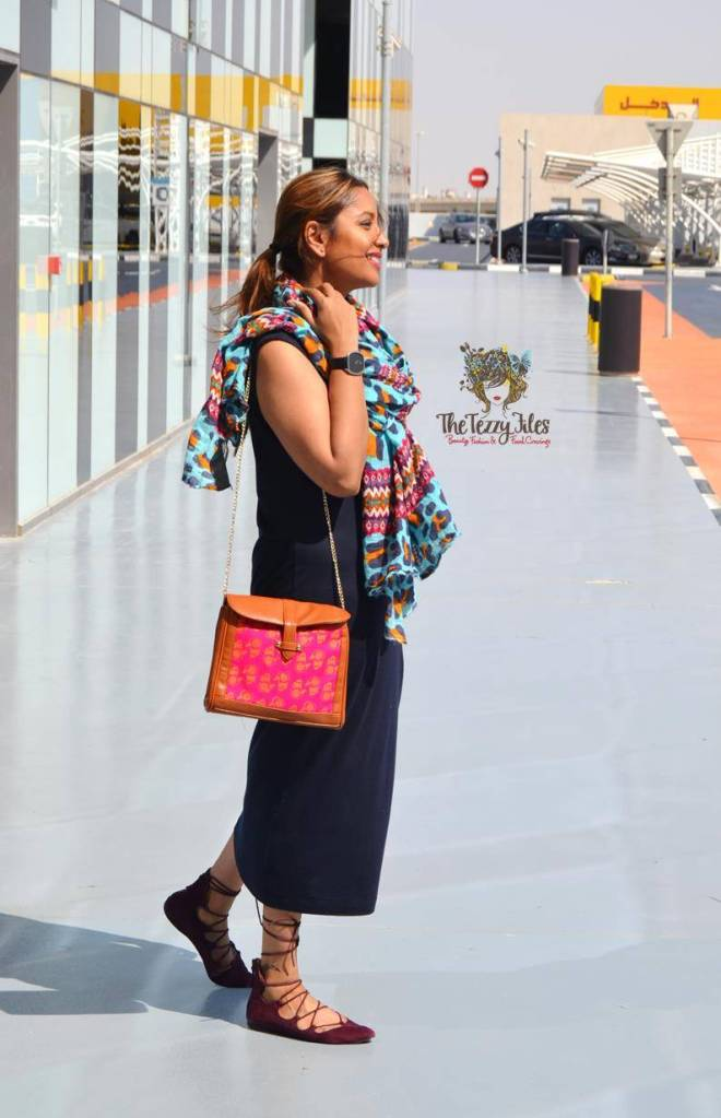 ootd yas island uae blogger zara scarf funk for hire hand bag hamsa gap dress dubai fashion blogger (1)
