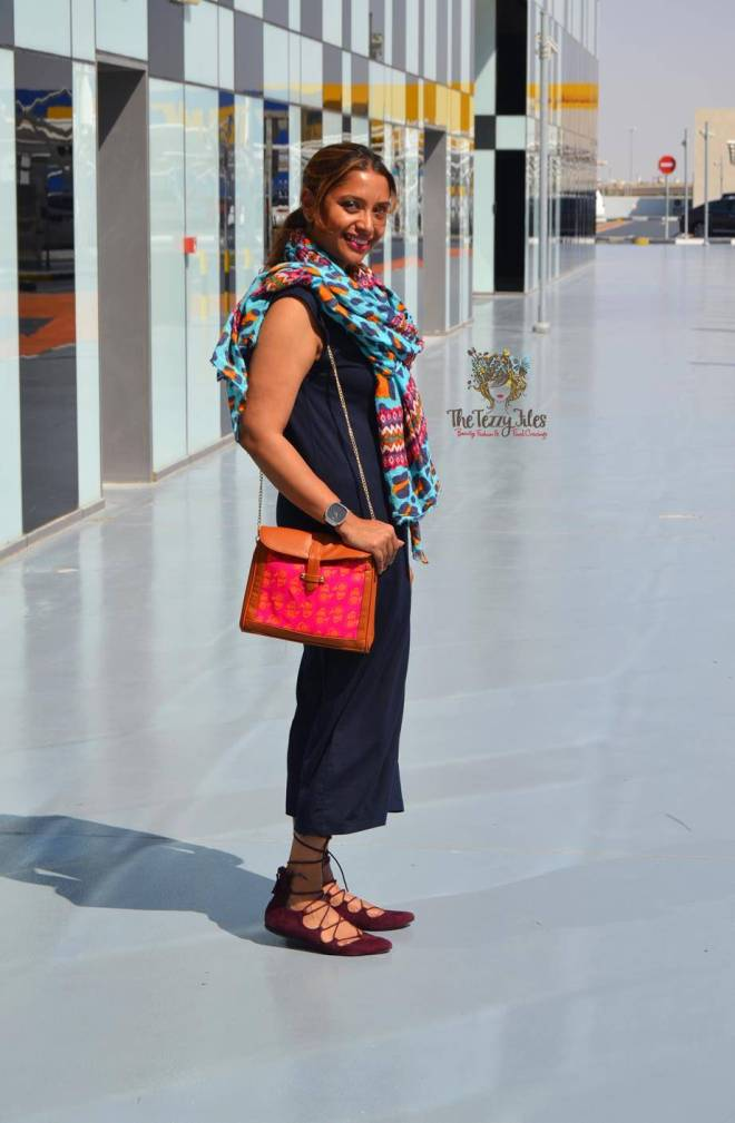 ootd yas island uae blogger zara scarf funk for hire hand bag hamsa gap dress dubai fashion blogger (5)
