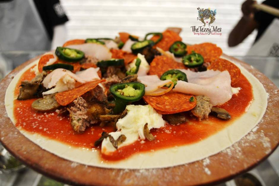 800 degrees neopolitan pizza mall of the emirates dubai food review personalized pizza gelato burrata italian uae (12)