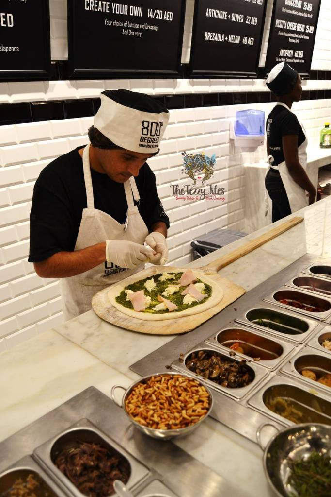 800 degrees neopolitan pizza mall of the emirates dubai food review personalized pizza gelato burrata italian uae (14)