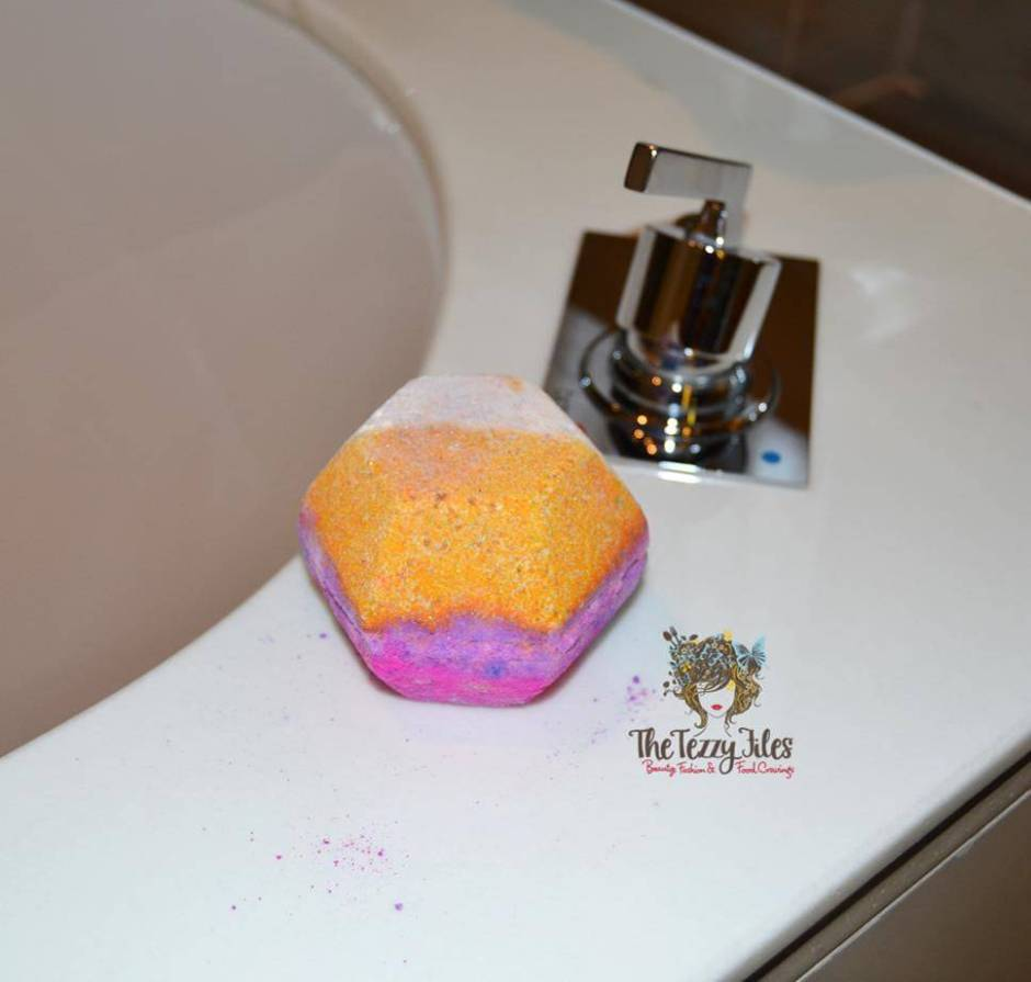 Lush The Experimenter Bath Bomb review