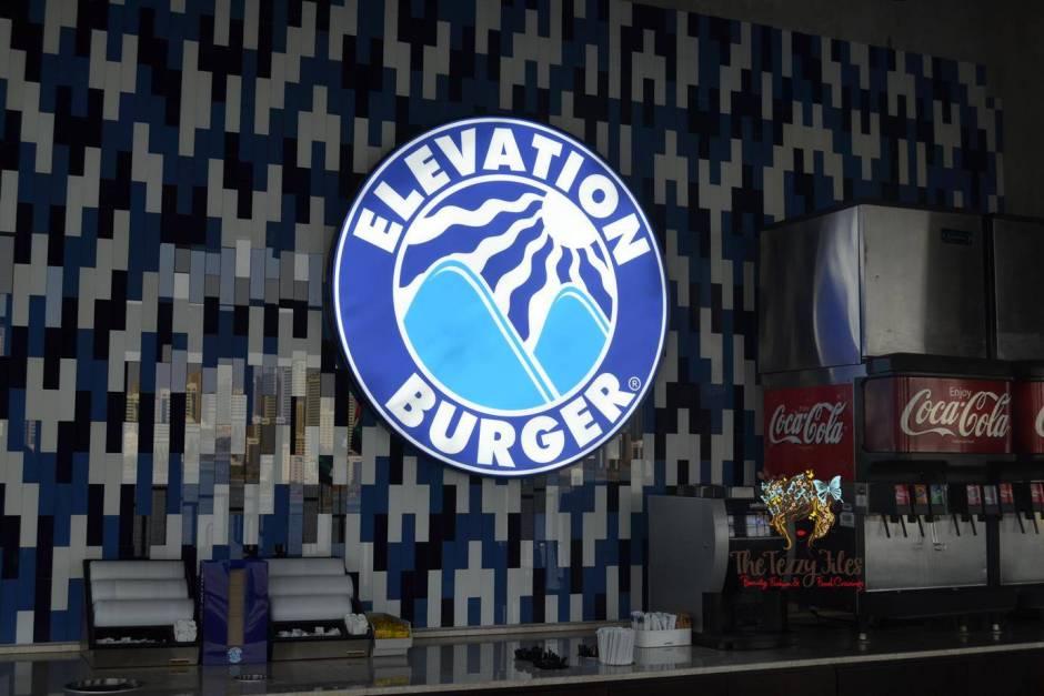 Elevation Burger Majaz Waterfront Sharjah Review (14)