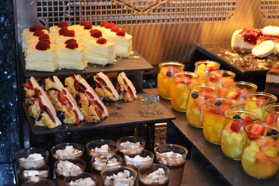 Flavors on Two Friday Brunch Towers Rotana Sheikh Zayed Road Dubai Review International Buffet with drinks (14)