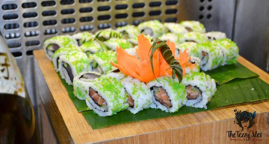 Flavors on Two Friday Brunch Towers Rotana Sheikh Zayed Road Dubai Review International Buffet with drinks (18)