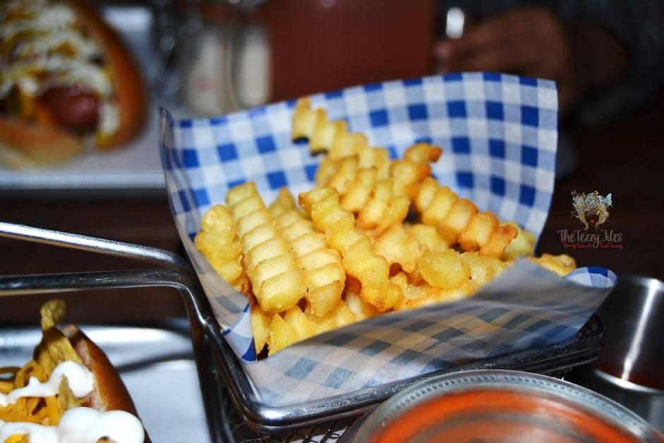 hot dog stand marina dubai review gourmet hotdog bean salad american curly fries churos jalapeno cheese balls (27)