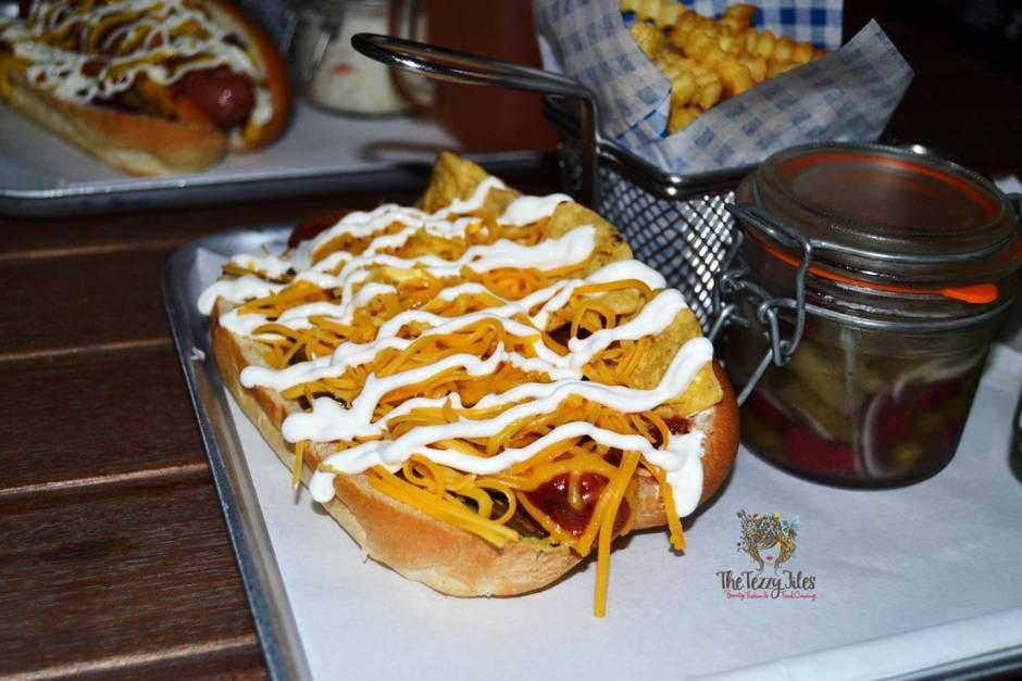 hot dog stand marina dubai review gourmet hotdog bean salad american curly fries churos jalapeno cheese balls (4)