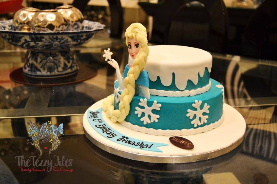 sugaholic birthday cake review belgian chocolate buttercream sponge frozen elsa cake (4)