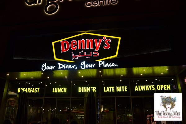 Denny's American diner 24 hours open in Dubai Al Ghurair Center reviewed by The Tezzy Files Dubai food and lifestyle blog UAE (2)