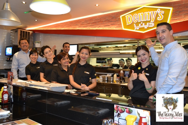 Denny's American diner 24 hours open in Dubai Al Ghurair Center reviewed by The Tezzy Files Dubai food and lifestyle blog UAE (5)