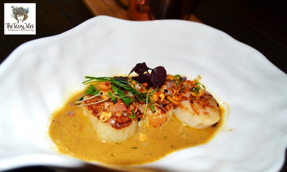 Farzi Cafe Dubai DubaiGetsFarzified food review on The Tezzy Files Dubai Food and Lifestyle blog Indian fine dining gastronomy (7)