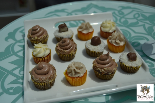 Zuccero cupcake review Dubai Festival City The Tezzy Files UAE food and lifestyle blogger (4)