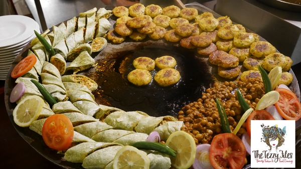 Chor Bazaar Somvaar Bazaar Movenpick Ibn Battuta Gate Review by The Tezzy Files Dubai Food and Lifestyle Blog UAE (15)