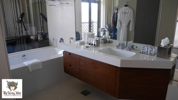 Manzil Downtown staycation hotel review by the tezzy files dubai lifestyle blog blogger (18)