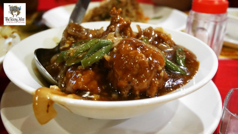 Guwahati Assam India Food Assamese Review Travel Blog Thukpa Khaar Brown Creams Paradise Chung Fa Indo Chinese Cutting Chai Chinese Calendar Year of the Monkey Sheep Chili Chicken Indian Chocolates (11)