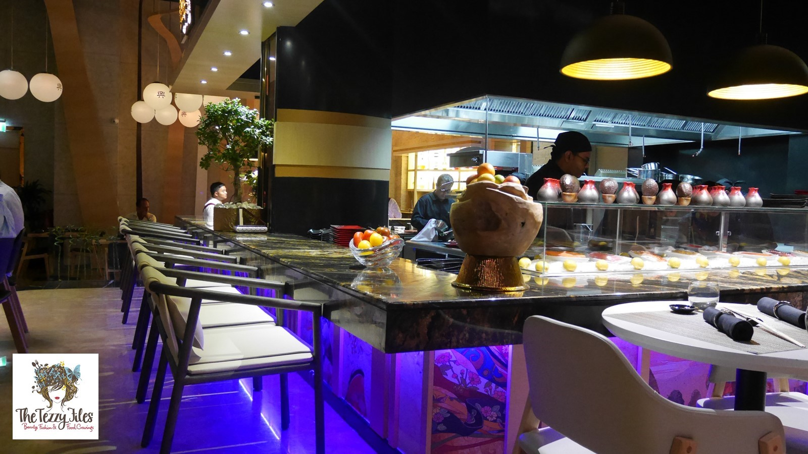 Introducing kyo cafe lounge golden mile 1 the palm for Restaurant kyo