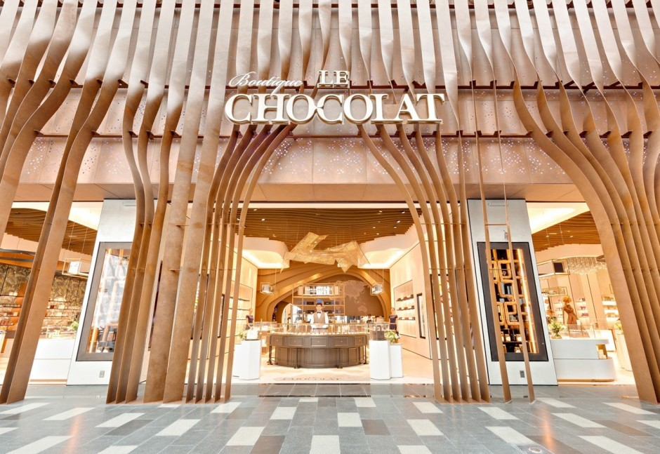 boutique-le-chocolat-citywalk-dubai-review-by-the-tezzy-files-dubai-food-blog-uae-lifestyle-blogger-chocolate-chocaholic-chocolate-sculptures-artisan-13