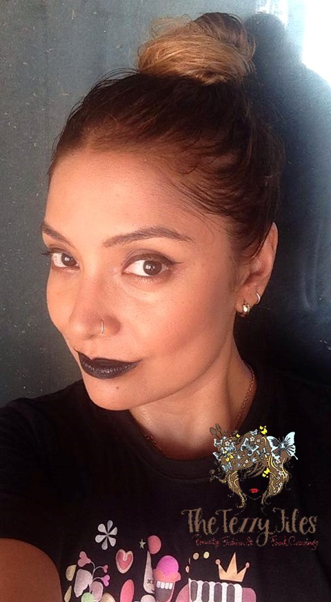 how-to-wear-black-lipstick-beauty-makeup-tricks-tips-makeup-artist-gosh-cosmetics-halloween-2016-dubai-beauty-blog-uae-lifestyle-blogger