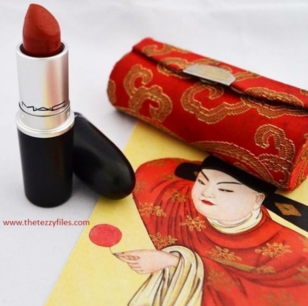 mac-chili-lipstick-review-swatches-beauty-blog-the-tezzy-files-dubai-uae-lifestyle-cosmetics-blogger
