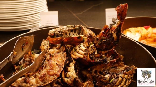 na3na3-the-address-dubai-mall-food-review-seafood-night-thursday-review-the-tezzy-files-dubai-food-blog-uae-lifestyle-blogger-lobster-prawn-1