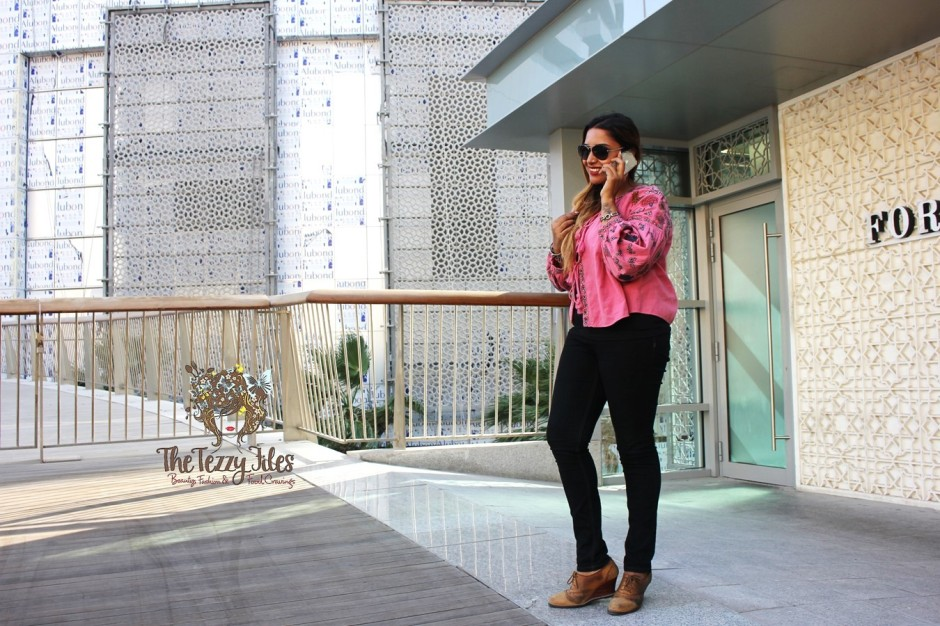 Zara Pink Jacket Embroidery Boho big sleeves bohemian fashion blog Dubai style blogger UAE lifestyle tie up jacket look of the day fashionista (4)