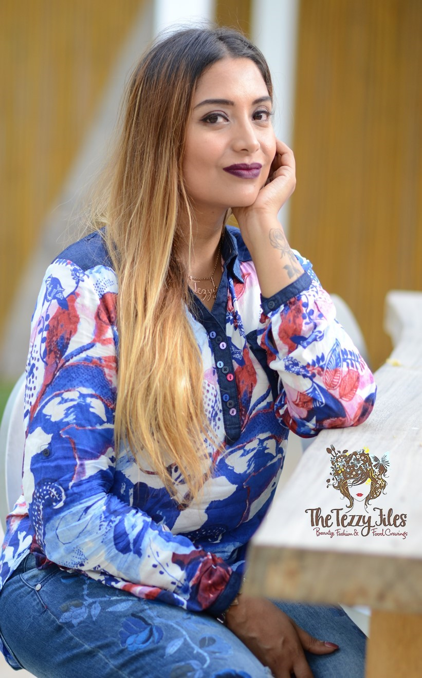 Desigual Dubai Fashion Blog The Tezzy Files UAE Lifestyle blog fashionista look of the day award winning best blogger uae photo shoot the farm al barari blue denim jeans what to wear (5