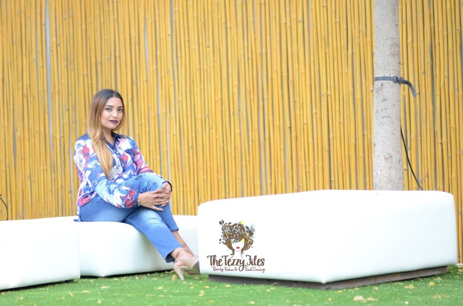 Desigual Dubai Fashion Blog The Tezzy Files UAE Lifestyle blog fashionista look of the day award winning best blogger uae photo shoot the farm al barari blue denim jeans what to wear (7