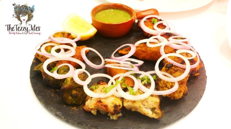 Masala Pot Dubai Bay Square Review Dubai Food Blog UAE Lifestyle Blogger Biryani Gulab Jamun Butter Chicken Paan Lemonade (1)