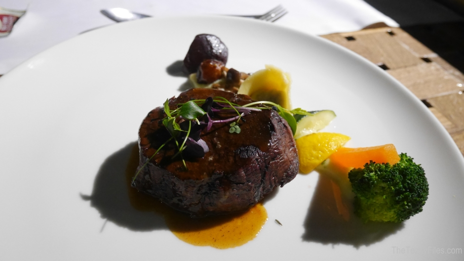 Bateaux Dubai Luxury Cruise Dubai Creek Tourist Travel UAE Review Trip Advisor Fine Dining (5)