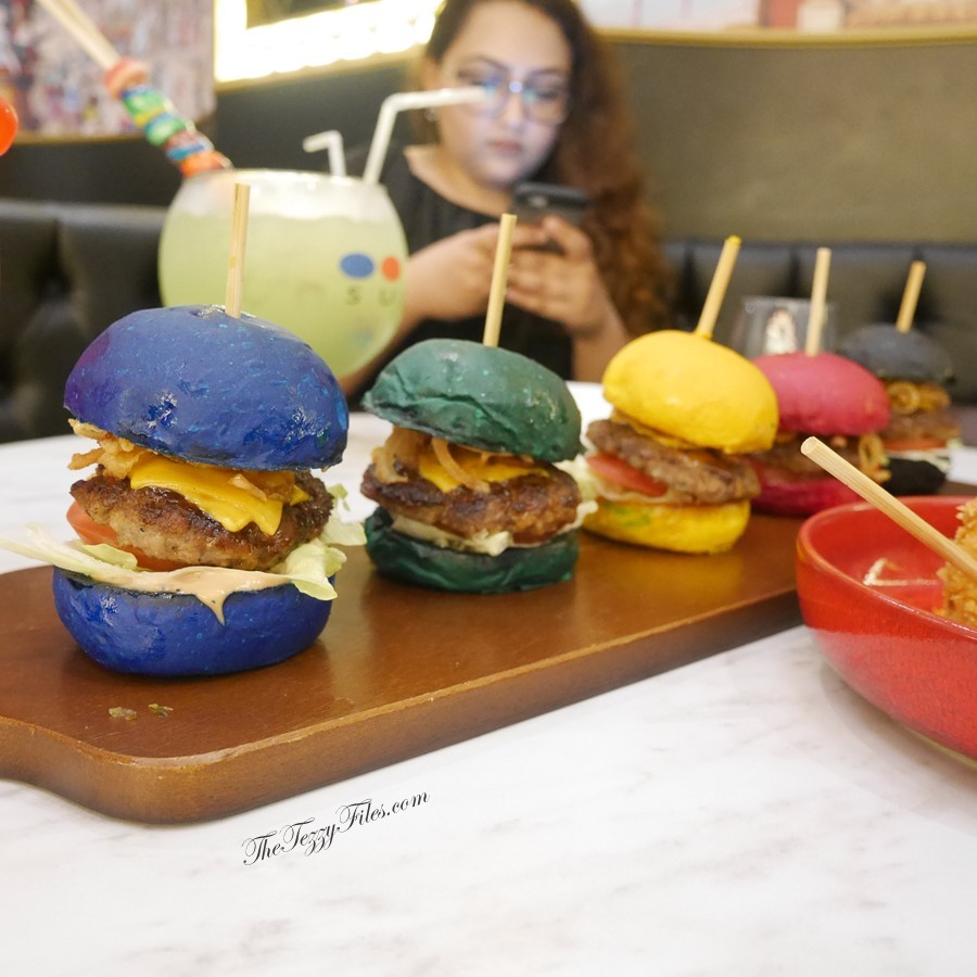 Sugar Factory La Mer Dubai Food Blog Review UAE Blogger The Tezzy Files Rainbow Sliders (6)