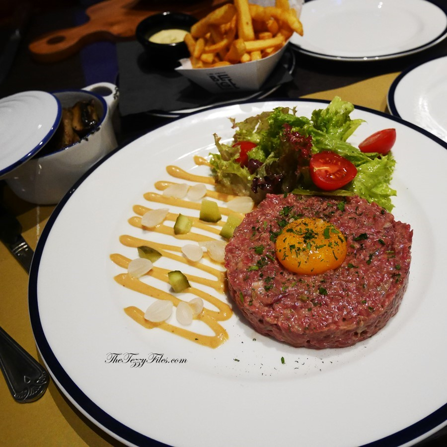 Le Petit Belge Dubai Review Delirium Cherry Beer Beef Tartare Food Blogger UAE Blog Belgian Belgium (4)