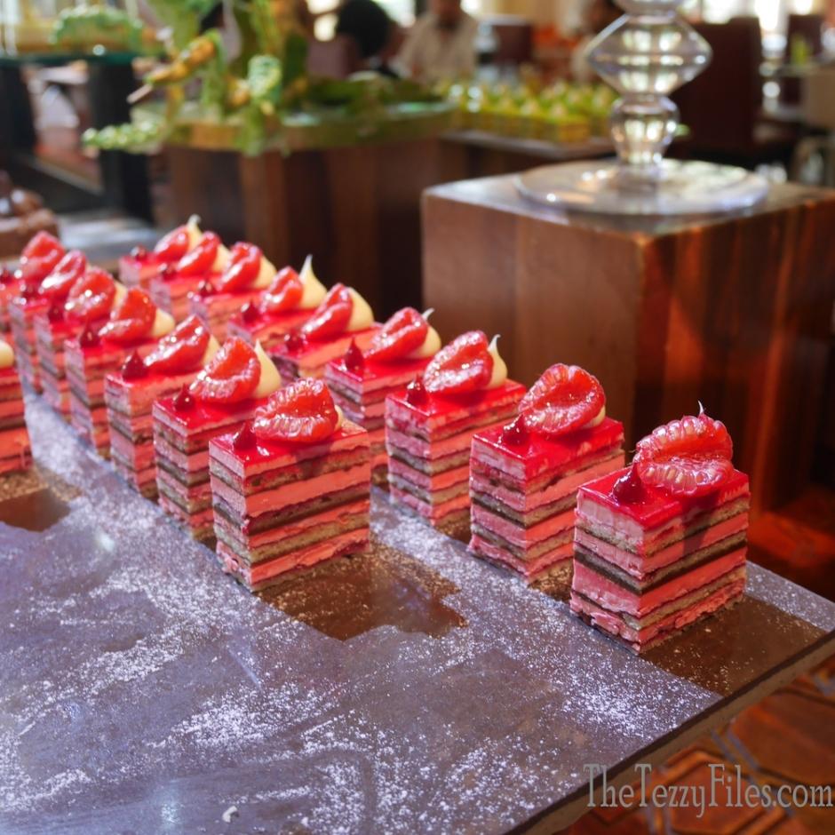Ewaan Palace Downtown Dubai 1001 Flavors Brunch Review UAE Food Friday (16)