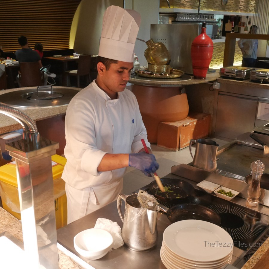 Al Ain Rotana Review Min Zaman Zest Travel Staycation Holiday Trip Advisor UAE Blogger Food Pool (15)